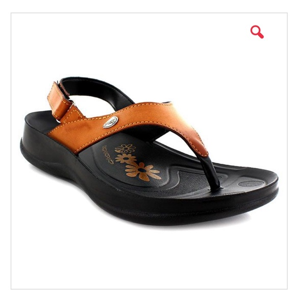 e500b5993f8e0b Aerosoft Tuck original women s sandals NWT
